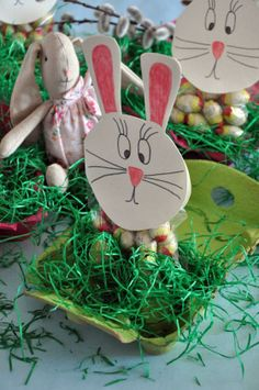 Last Minute, Diy Food, Christmas Ornaments, Holiday Decor, Home Decor, White Paper, Easter Bunny, Simple Diy, Easter Activities