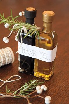 olive oil and balsamic vinegar wedding favors #weddings #weddingideas #weddingreception