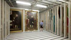 En los principales museos del mundo, muchas grandes obras de arte no están en exhibición. BBC Culture les presenta algunas y explica por qué están almacenadas.