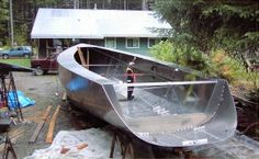Origami steel yacht construction - Page 8 - Boat Design Forums Boat Crafts, Water Crafts, Cool Boats, Small Boats, Yacht Design, Boat Design, Pontoon Dock, Course Vintage, Wakeboard Boats
