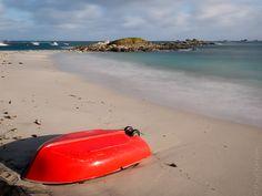 #Finistere #Bretagne et...: annexe rouge au #Dossen - #Santec (6 photos) © Paul Kerrien  http://toilapol.net