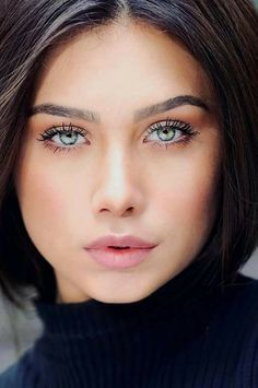 Lovely eyes Eyes Adriana lima Mooi and Most Beautiful Faces, Stunning Eyes, Gorgeous Eyes, Pretty Eyes, Cool Eyes, Beautiful Women, Beautiful Pictures, Girl Face, Woman Face