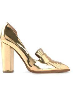 Купить Petar Petrov туфли с кисточкой в Liska из лучших независимых бутиков мира на farfetch.com. Более 1000 брендов из 300 бутиков на одном сайте.