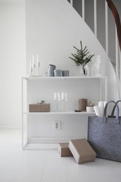 soft greys in a Scandinavian home. minimally styled for Christmas Nordic Interior Design, Simple Interior, Beautiful Interior Design, Interior And Exterior, Interior Decorating, Scandinavian Style Home, Lets Stay Home, Wood Interiors, Living Room Interior
