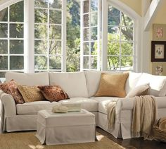 PB Comfort Roll Arm Slipcovered 3-Piece Sectional with Corner | Pottery Barn