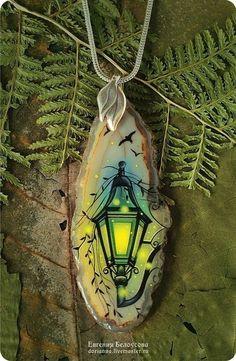 """Купить кулон с росписью """"Старый фонарь"""" (осень, лаковая миниатюра) - роспись"""