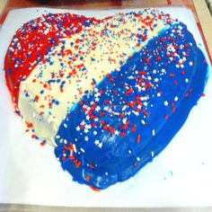 heart shaped american flag 4th of july cake!