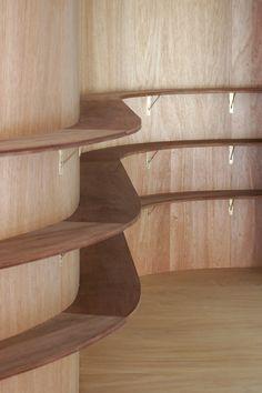 japan-architects.com: 御手洗龍によるマンションリノベーション「oNoff」