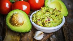 We zien jullie graag hoor, lekkere avocado's, alleen jammer dat jullie nooit rijp genoeg zijn op het moment dat wij net een pittige guacamole willen ...