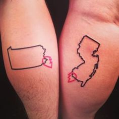 87 Matching Couple Tattoos For Lovers That Will Grow Old Together State Tattoos, Bff Tattoos, Tattoos Skull, Couple Tattoos, Future Tattoos, Love Tattoos, Body Art Tattoos, Tatoos, Ring Tattoos