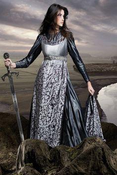 damas guerreras medievales - Buscar con Google