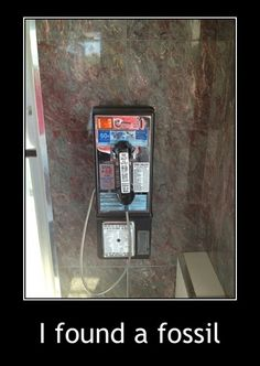 Pay phone.   Can't find one of these anywhere now.
