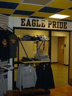 school store - need to visit store closing to get displays!