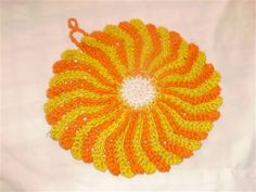 What a beautiful dishcloth?  Will bring sunshine to your kitchen.