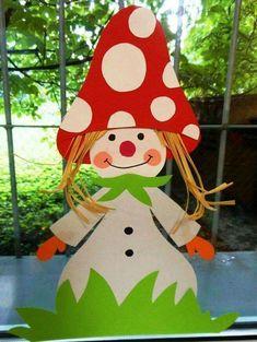 Pilz Kinder2 #kinder2 Projects For Kids, Diy For Kids, Crafts For Kids, Autumn Crafts, Autumn Art, Cardboard Crafts, Paper Crafts, Diy And Crafts, Arts And Crafts