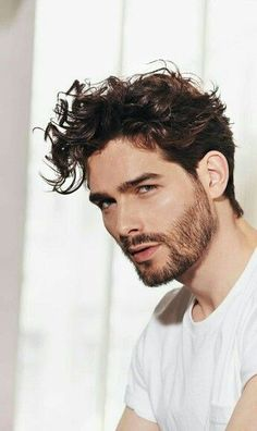 31 Best Medium Hairstyles and Haircuts for Men – Sensod – Create. – Men's Hairstyles and Beard Models Modern Short Hairstyles, Cool Hairstyles For Men, Winter Hairstyles, Curled Hairstyles, Haircuts For Men, Medium Haircuts, Hairstyles 2018, Hairstyles Haircuts, Japanese Hairstyles