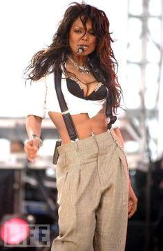 pendule for janet photo: Janet Jackson Celebrity Singers, Celebrity Babies, Celebrity Look, Jackson Music, Janet Jackson, Michael Jackson, Foreign Celebrities, Tamar Braxton, The Jacksons