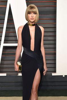 Pin for Later: Taylor Swift Révèle ce Que Calvin Harris Lui a Offert Pour Noël Dans une Vidéo Pour Vogue