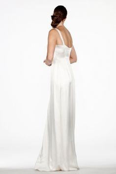 Saja Wedding 2014 Bridal Collection. Read more - http://www.hummingheartstrings.de/index.php/hochzeitsmode/brautmode/saja-brautmodenkollektion-2014/