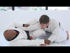 https://www.youtube.com/watch?v=x3NSLPI_osg Wilson Reis and Guilherme Pinheiro. • Position : – Open Half Guard / Armbar / Omoplata. ––– • Music : – Dread Pitt – Pyro.  68  1  Jitseasy