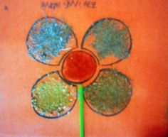 P4 2011-12 TAPA 2N. Cada pètal de la flor està fet amb una herba aromàtica.(romaní, farigola, orenga, camamilla)