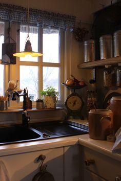 Charming REUSE Kitchen