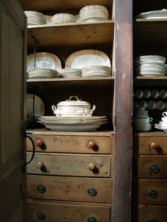 China cupboard in the pantry. Farmhouse Style Kitchen, Butler Pantry, Kitchen Pantry, Kitchen Maid, Kitchen Styling, Vintage Kitchen, Vintage Farm, Vintage Pantry, Vintage Cabinet