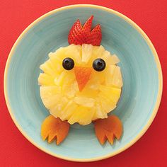 Kids will love eating #fruit when it looks this cute! Learn how to make this chick from our sister magazine, @FamilyFun magazine: http://www.parents.com/recipes/familyrecipes/snacks/treat-of-the-month/?socsrc=pmmpin101012hsCheepEats#page=7