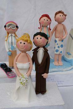 Cake figurines