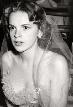 Judy Garland, 1941 She had it but gave in to alcohol and drugs and it ruined her.  So pretty, so sad.
