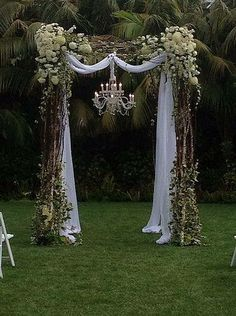 new Ideas for backyard wedding decorations ceremony backdrop hanging flowers Wedding Arbors, Wedding Arch Rustic, Wedding Ceremony, Our Wedding, Wedding Venues, Dream Wedding, Trendy Wedding, Wedding Backyard, Outdoor Ceremony