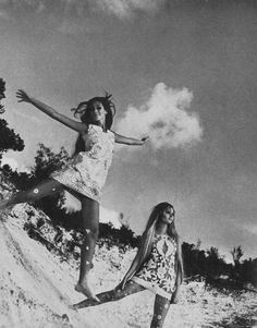 Marisa Berenson and Sue Murray.  Photo by Arnaud de Rosnay.  Vogue US 1968.