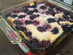 Diary of a Fit Mommy: Paleo Blackberry Cobbler