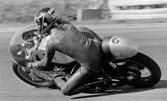 Barry Sheene TR Suzuki F750 - Anderstorp 1973