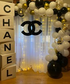 Customized Chanel photo section for a ladies night! 27 Birthday Ideas, 13th Birthday Parties, Birthday Party For Teens, Birthday Party Themes, Spa Birthday, 27th Birthday, Birthday Nails, Cake Birthday, Birthday Balloons