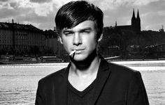 Vojta Dyk Male To Female Transformation, Singer, Face, People, Men, Singers, The Face, Guys, Faces