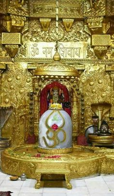 Karthigai Somavar is the Mondays in the Karthigai month which is dedicated to Lord Shiva. Shiva devotees observe Karthigai Somavara Vratam, offer prayers, special pujas and rituals on these days to obtain the grace and divine blessings.