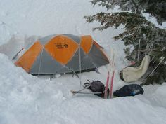42 Tent Camping Tips Adventure - Outsideconcept.Com Rv Camping Tips, Tent Camping, Outdoor Camping, Outdoor Gear, Camping Stuff, Winter Hiking, Winter Camping, Jeep Trails, Camping Shelters