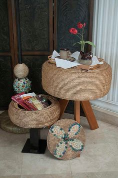 Constanza, Teresa y Ariel Diy Crafts To Sell, Home Crafts, Diy Home Decor, Room Decor, Tire Ottoman, Tire Craft, Tire Furniture, Tire Chairs, Tyres Recycle