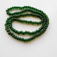 Vintage 1930's Green Glass Beaded Necklace Art Deco by VintageBlackCatz on Etsy