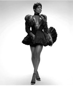 Happy Birthday to the Queen 👑 @tasiasword #BFF