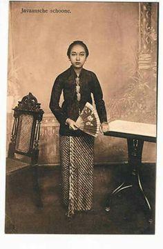 Javaansche Schoone 1916.