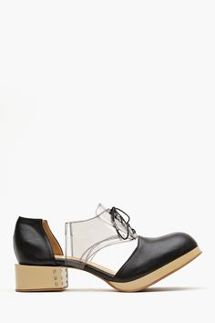Charlie Cutout Oxford - Black  don't know how walking in these would be.. but theyre real cool
