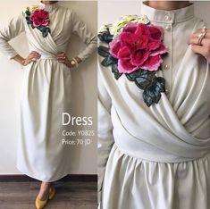 Ideas for embroidery fashion show dresses Fashion Show Dresses, Trendy Dresses, Simple Dresses, Modest Fashion, Casual Dresses, Dress Outfits, Fashion Outfits, Hijab Casual, Abaya Fashion