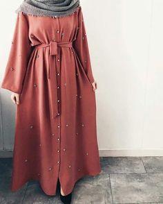 Hijab Mode, Mode Abaya, Modest Dresses, Modest Outfits, Abaya Fashion, Fashion Dresses, Muslim Women Fashion, Hijab Fashionista, Hijab Fashion Inspiration