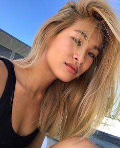 Blonde Asian Hair, Asian Short Hair, Dyed Blonde Hair, Blonde Hair Looks, Balayage Hair Blonde, Bleach Blonde, Platinum Blonde Hair, Dye My Hair, Asians With Blonde Hair