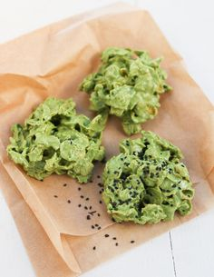 Matcha Cornflake Clusters | Thirsty for Tea