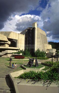 El Teatro Teresa Carreño es considerado como el ícono cultural de Caracas.