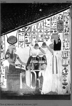Scene in a niche of the same corridor depicting Nefertari offering to the goddess Hathor (T1042). Photograph by Harry Burton, 1921–22. Archives of the Egyptian Expedition, Department of Egyptian Art