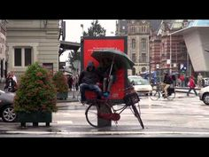 To celebrate the upcoming launch of people could win a Nexus 7 tablet the KITKAT way, by having a break. Campaign by JWT Amsterdam. Street Marketing, Viral Marketing, Guerilla Marketing, Guerrilla Advertising, Creative Advertising, Amsterdam, Digital Campaign, Experiential Marketing, Nexus 7